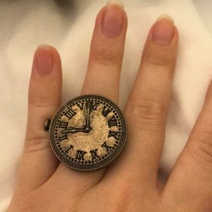 H&M Clock Ring
